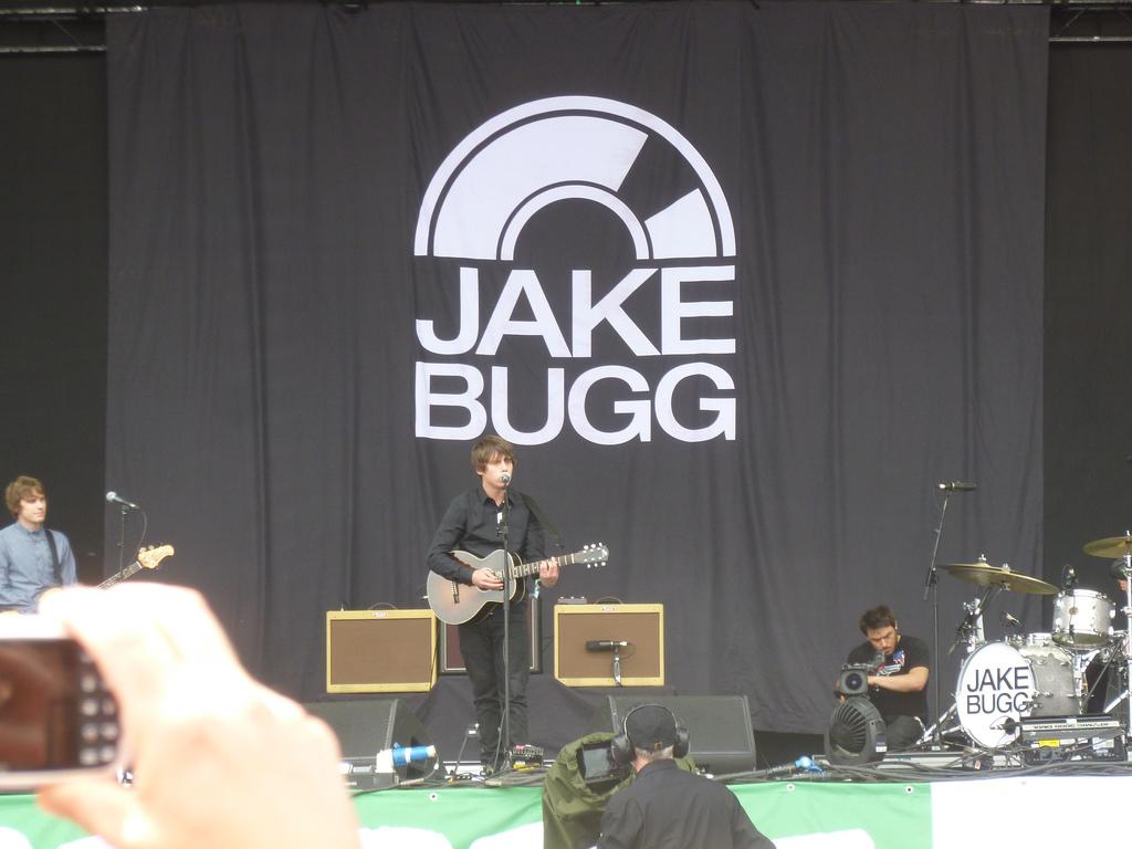 Jake Bugg, Pyramid stage.