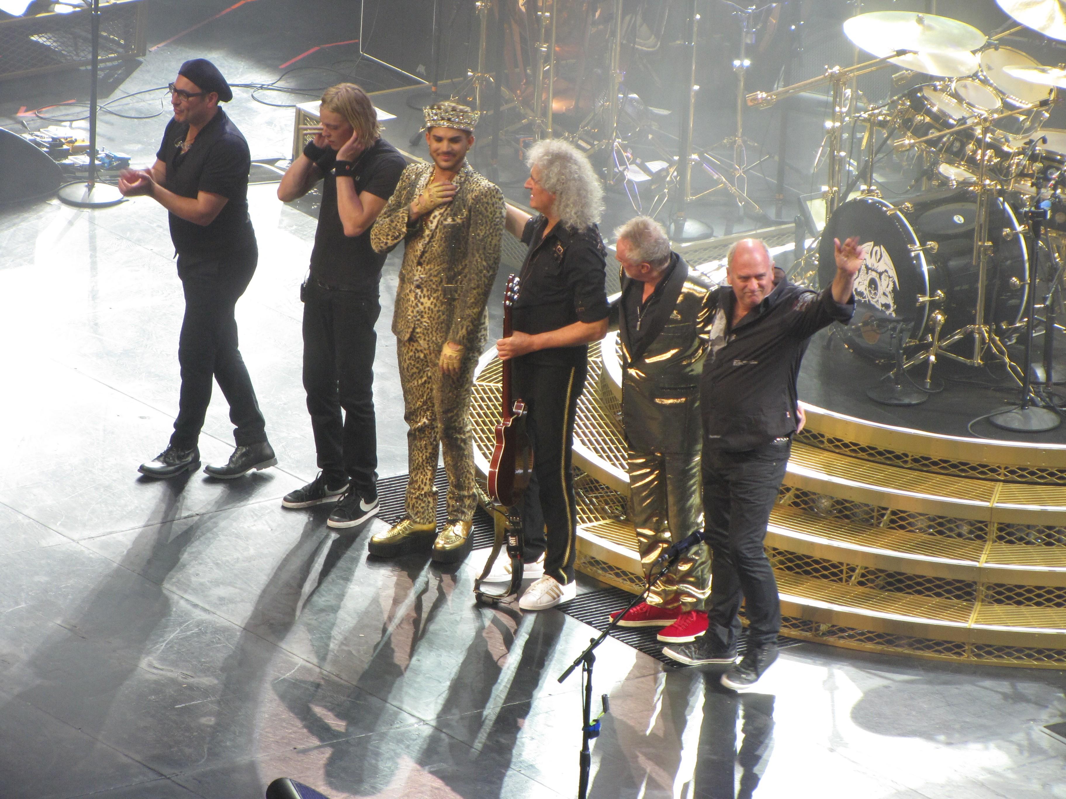 Queen et Adam Lambert (photo bobnjeff)